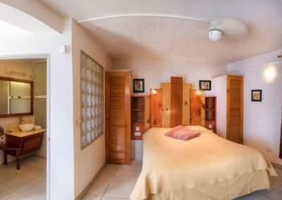 HotelTheChamps-GardenRoom-003